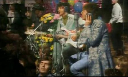 Paul McCartney with his 1964 Rickenbacker 4001S-LH Bass