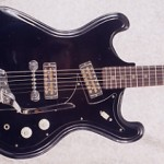 1967 Heit Deluxe V-2 Vintage Electric Guitar