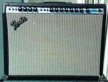 1970s Fender Twin Reverb Guitar Amp (Silverface)