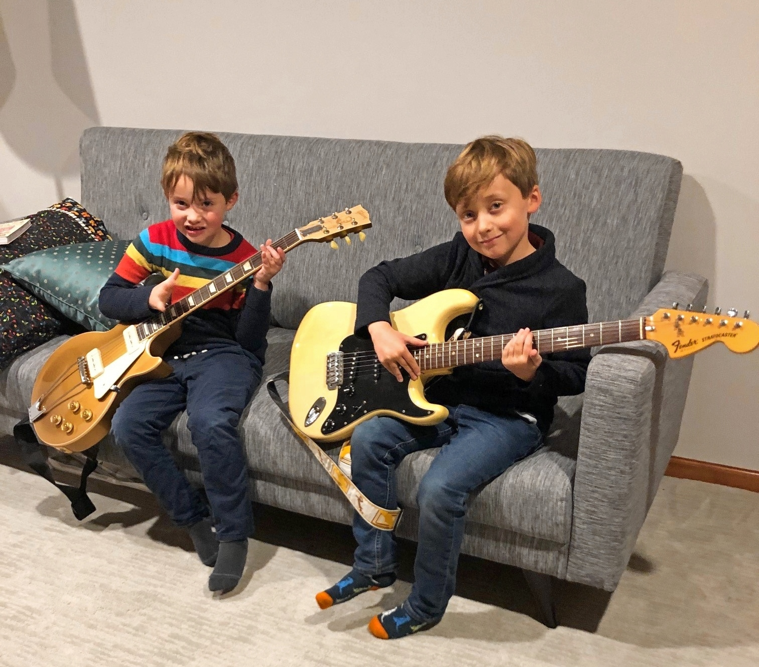 boys with guitars