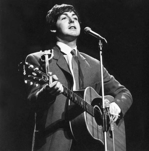 Paul McCartney with his Epiphone Texan FT-79 Acoustic Guitar