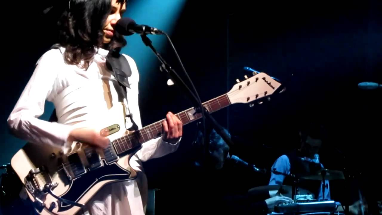 PJ Harvey and her Airline 3p