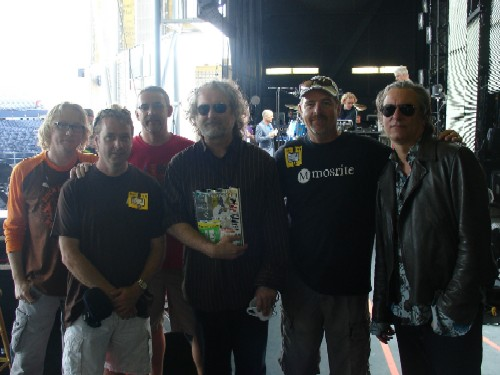 Mike Mills, Peter McCracken, Jimmy Lango, Scott McCaughey, (Michael Stipe Background), Mike Robinson, Peter Buck