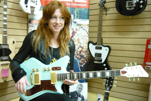 Amanda Zelina (Custom Airline 2P Guitar in Sahara Blue)