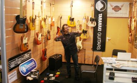 Musikmesse 2008: Arne from Taranaki Guitars in Germany