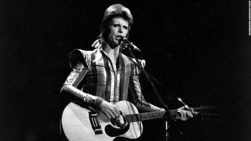 Bowie and his Ziggy-era Harpoon 12-string