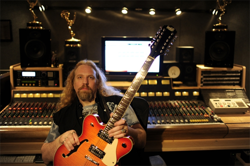 Brian Tarquin (BHP Music) with his Eastwood Classic 12 Fireburst 12-string