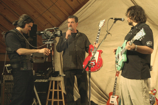 Eastwood Guitars Webcast with Joey Leone (2006)