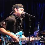Eastwood Guitars Announces the New G. Love 'Black & Blue' Airline Guitar