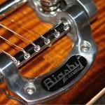 Vincent's Guitar Workshop – issue 10