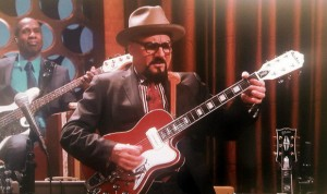 Jimmy Vivino (Basic Cable Band on Conan O'Brien's show) with the Airline Tuxedo Guitar