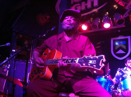 Legendary Guitarist: Melvin Sparks with his Eastwood Doral Guitar