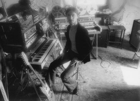 Michael Rother in studio