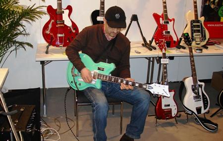 Musikmesse 2008: Santino Giambersio from Power Trio Group