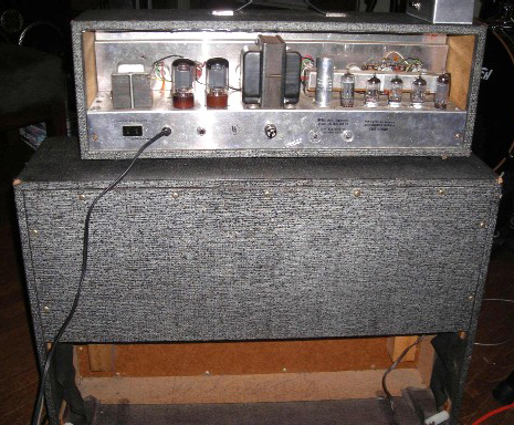 Silvertone 1484 Guitar Amplifier