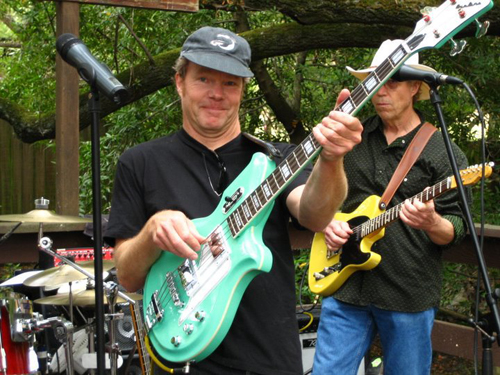 Tim Smarter with his surf green Airline Map Bass