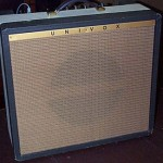 Univox 202R Guitar Amplifier