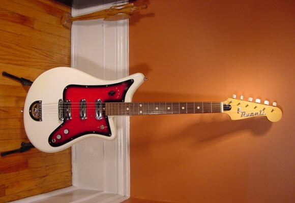Vintage 1960's Bartolini Avanti Electric Guitar - white