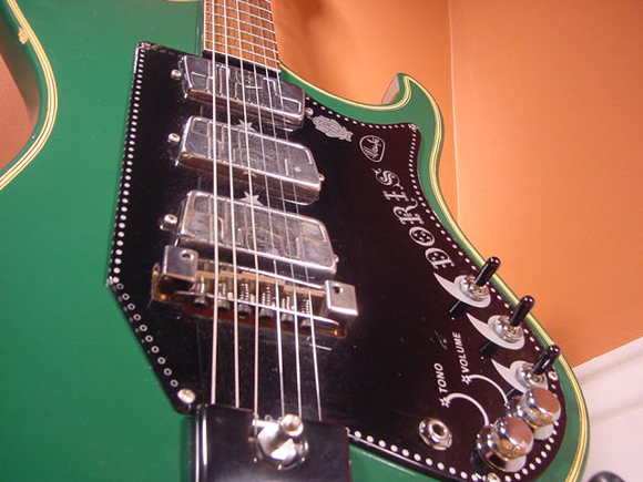 Vintage 1960's Wandre Doris Electric Guitar (Green)