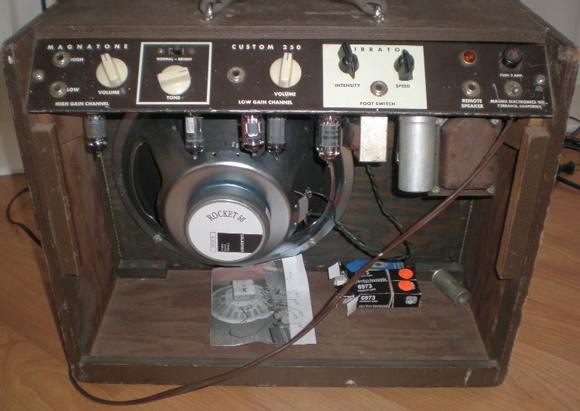 Vintage Magnatone Custom 250 Guitar Amplifier