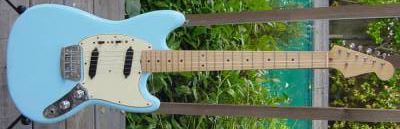 Vintage 1965 Fender Duo-Sonic Electric Guitar